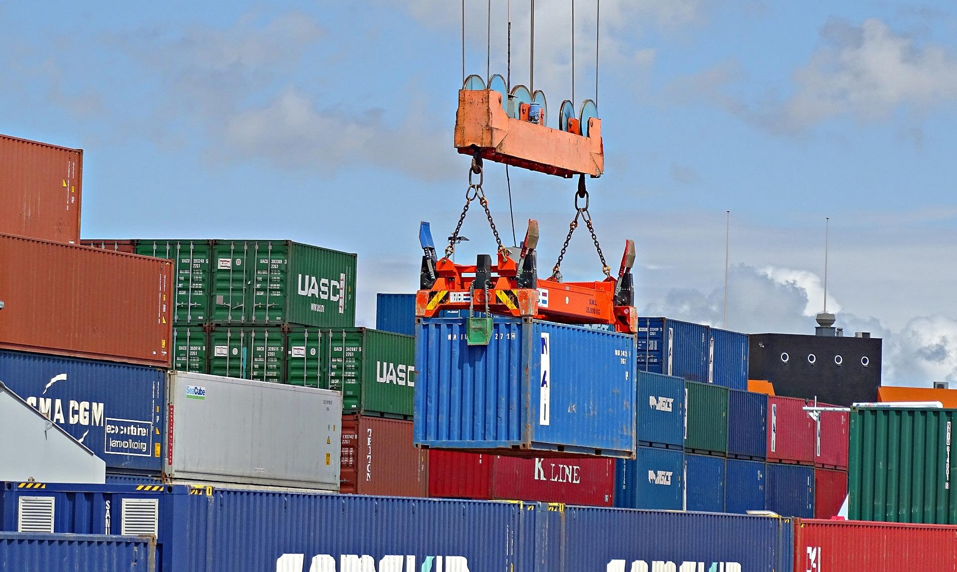 konteyner nedir, ihracat nasıl yapılır, döviz, FOB İzmir teslim şekli